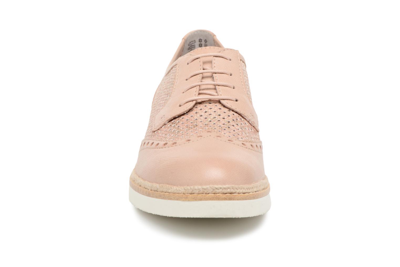 Chaussures à lacets Tamaris Girofle Beige vue portées chaussures