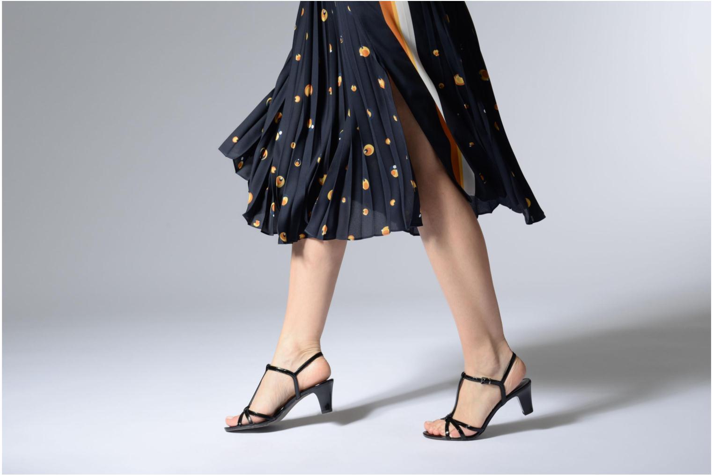 Sandales et nu-pieds Tamaris Sarriette Noir vue bas / vue portée sac