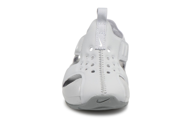 Sandales et nu-pieds Nike Nike Sunray Protect 2 (Td) Gris vue portées chaussures