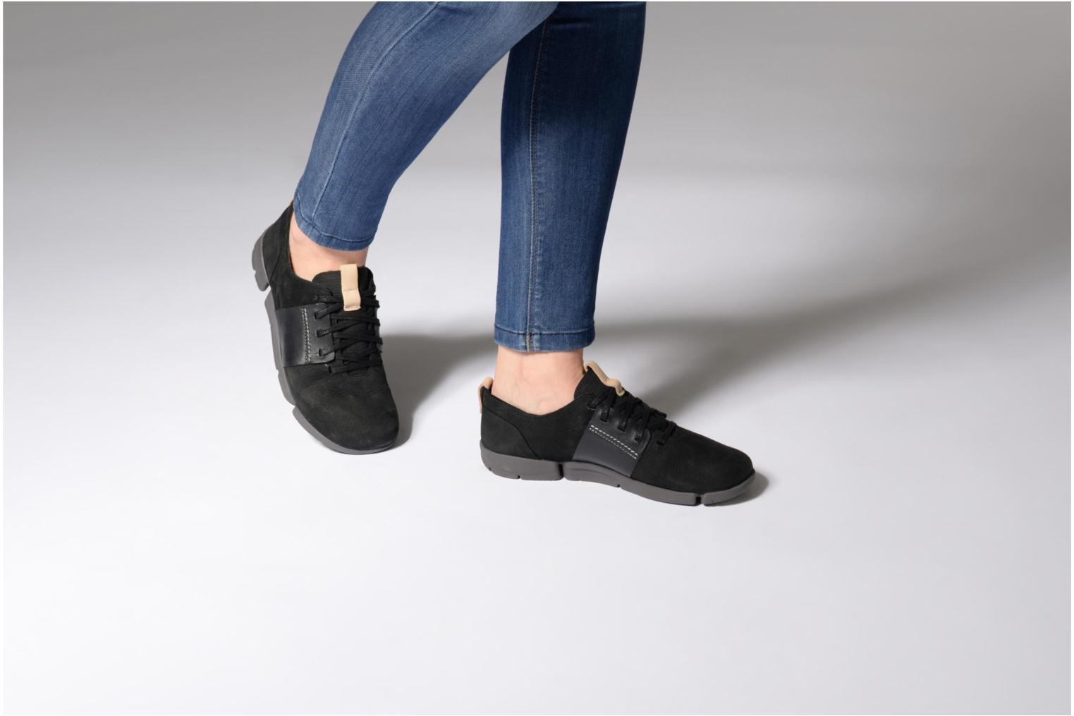 Trainers Clarks Tri Caitlin Black view from underneath / model view