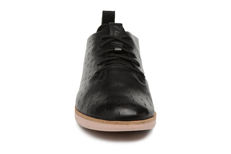 Chaussures à lacets Clarks Tri Etch Noir vue portées chaussures