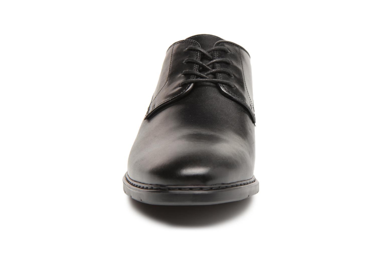 Chaussures à lacets Clarks Banbury Lace Noir vue portées chaussures