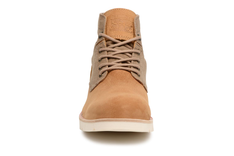 Bottines et boots Levi's Jax Light Marron vue portées chaussures