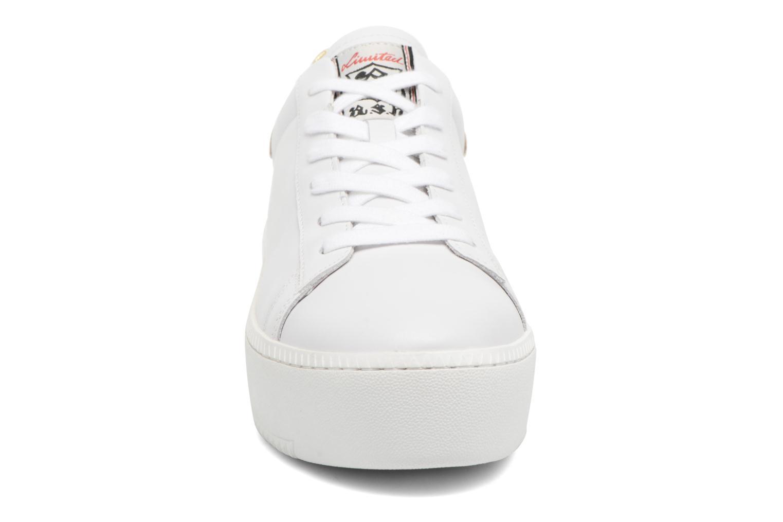 Baskets Ash Cult Combo D Blanc vue portées chaussures