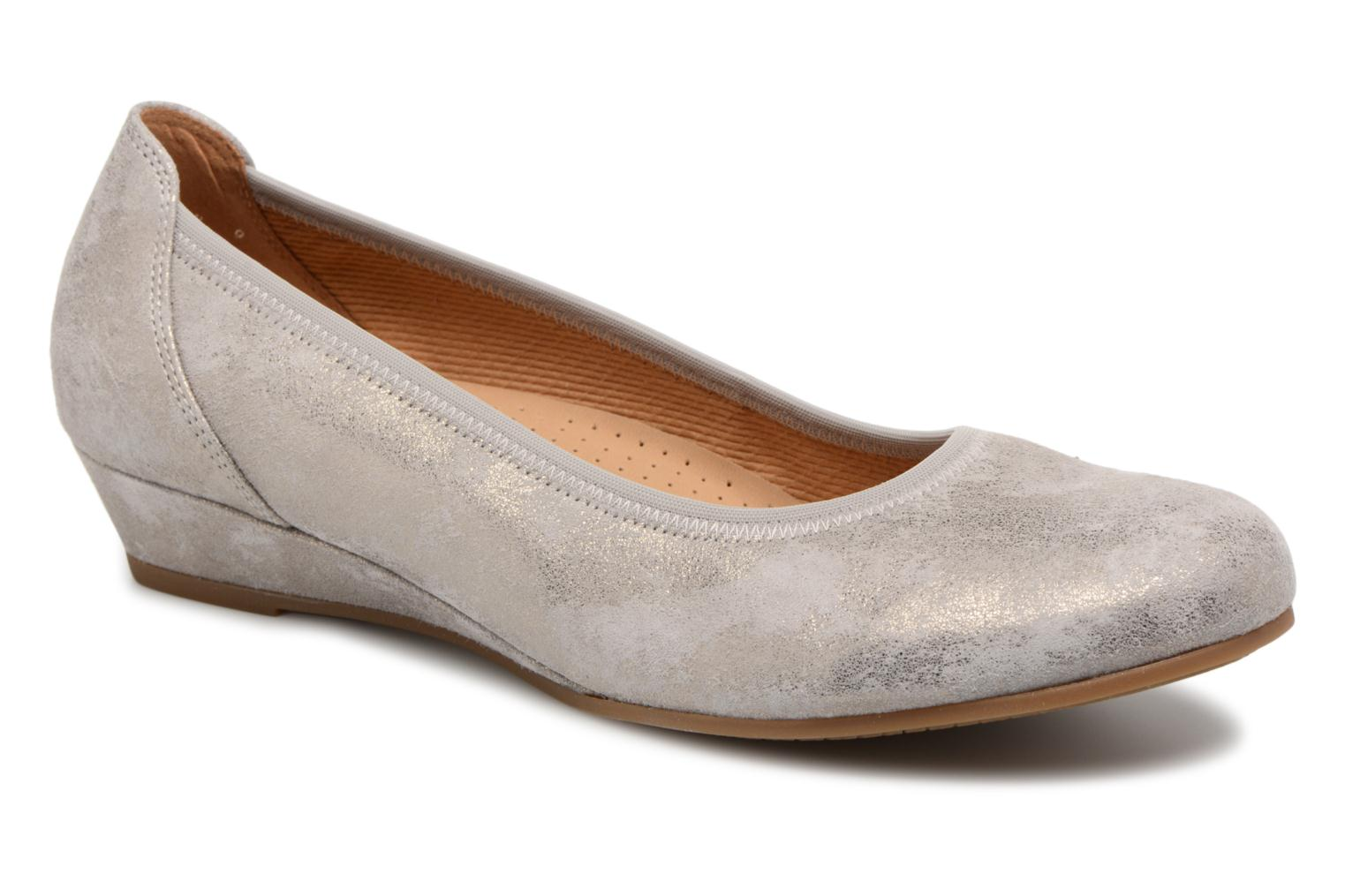 Ballet pumps Gabor Solari Silver detailed view/ Pair view