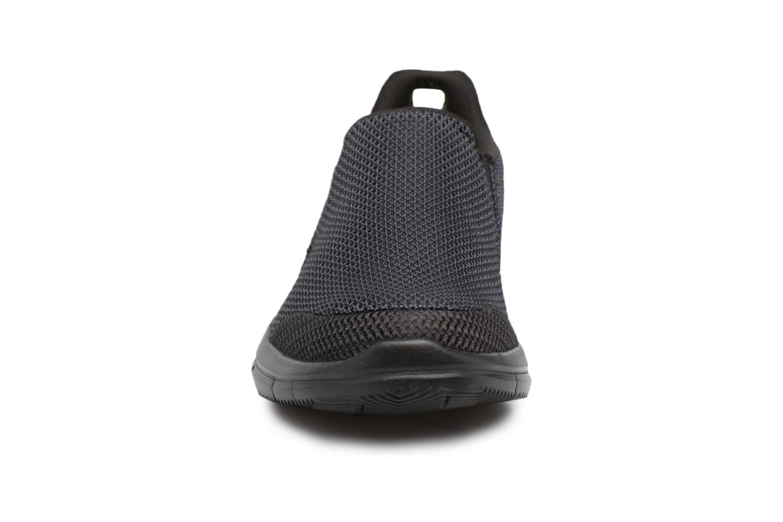 Baskets Skechers Go Flex 2-Completion Noir vue portées chaussures