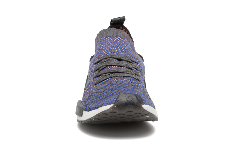 Baskets Adidas Originals Nmd_R1 Stlt Pk Bleu vue portées chaussures