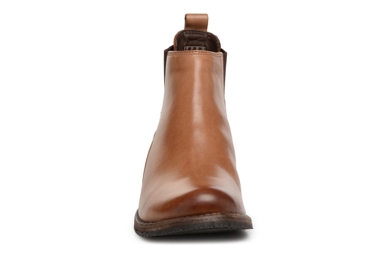 Bottines et boots Clarks Monica Pearl Marron vue portées chaussures