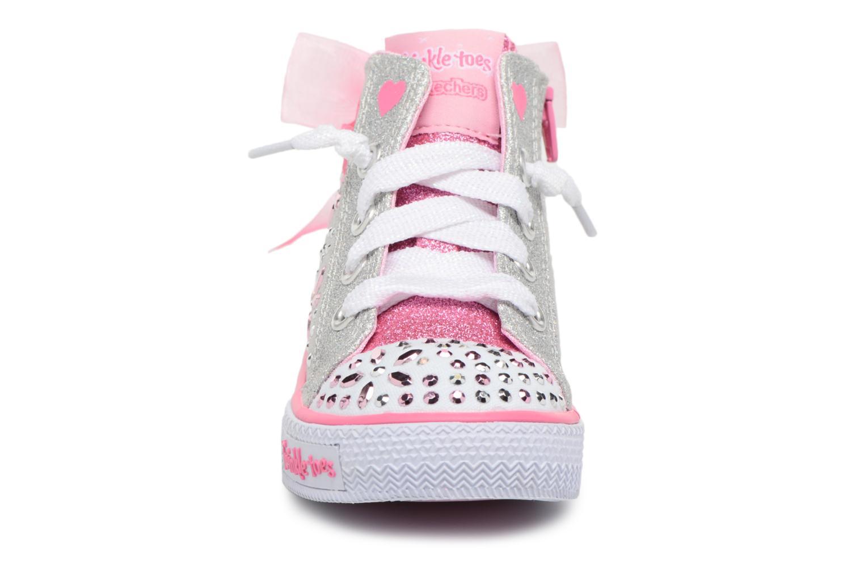 Baskets Skechers Shuffles Fancy Faves Argent vue portées chaussures