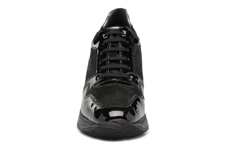 Sneakers Geox D REGINA B Zwart model