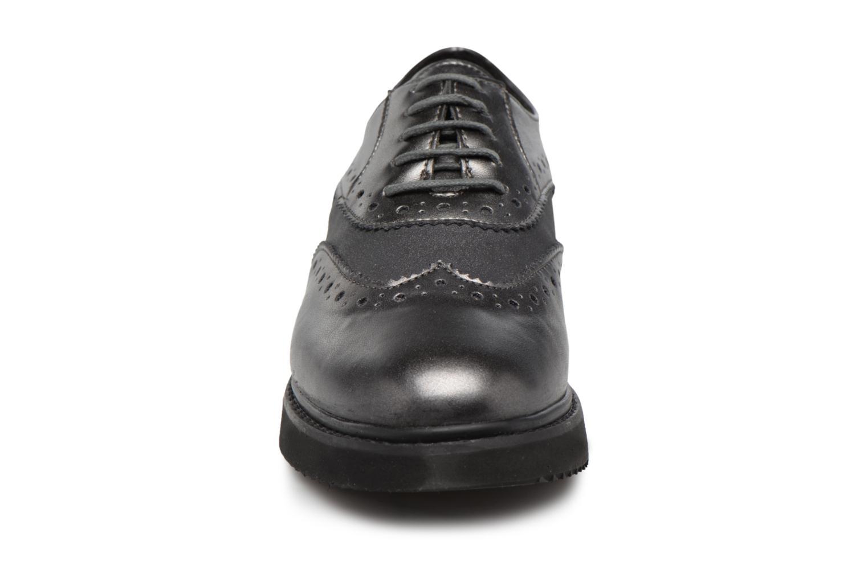 Chaussures à lacets Geox D THYMAR B Gris vue portées chaussures