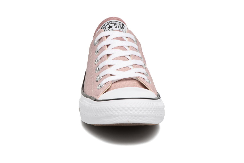 Baskets Converse Chuck Taylor All Star Ombre Metallic Ox Rose vue portées chaussures