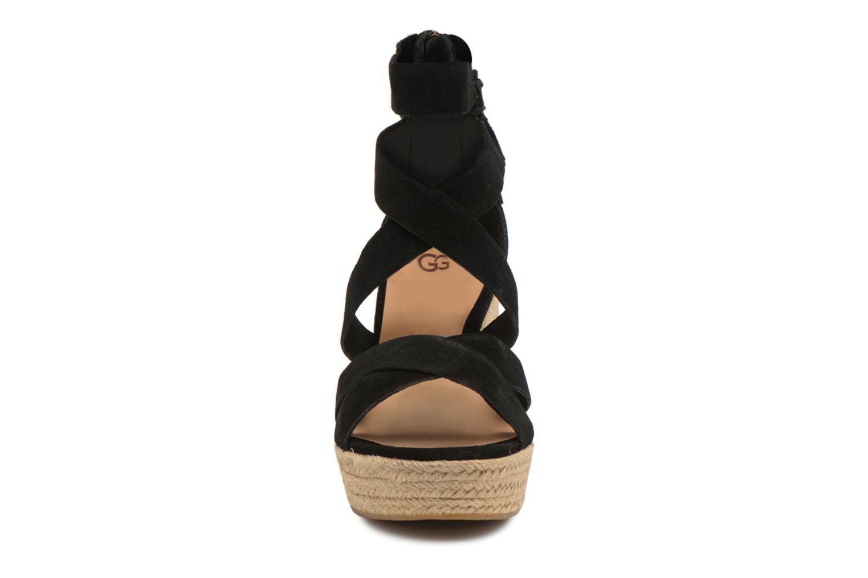Sandales et nu-pieds UGG Raquel Noir vue portées chaussures