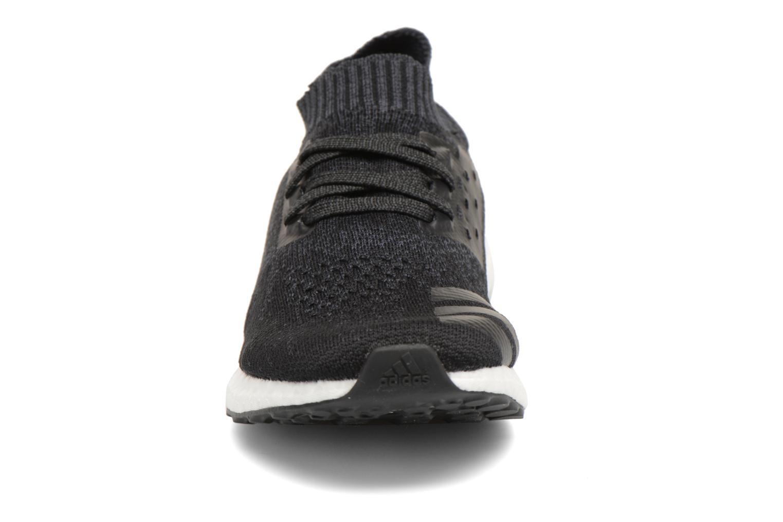 Chaussures de sport Adidas Performance Ultraboost Uncaged Noir vue portées chaussures