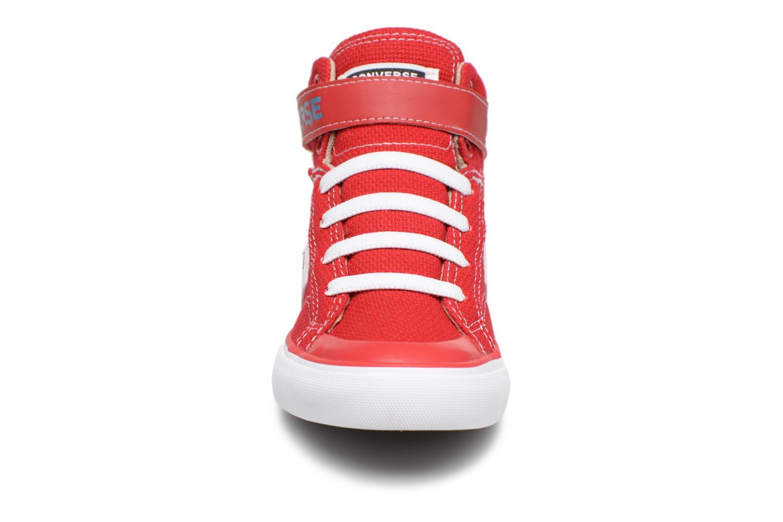 Baskets Converse Pro Blaze Strap Summer Sport Textile Ox Rouge vue portées chaussures
