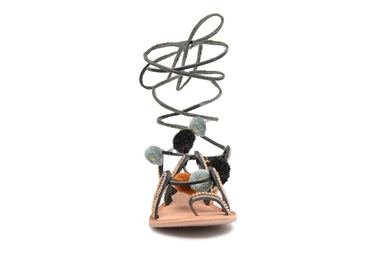 Sandales et nu-pieds Gioseppo NAYELI Noir vue portées chaussures