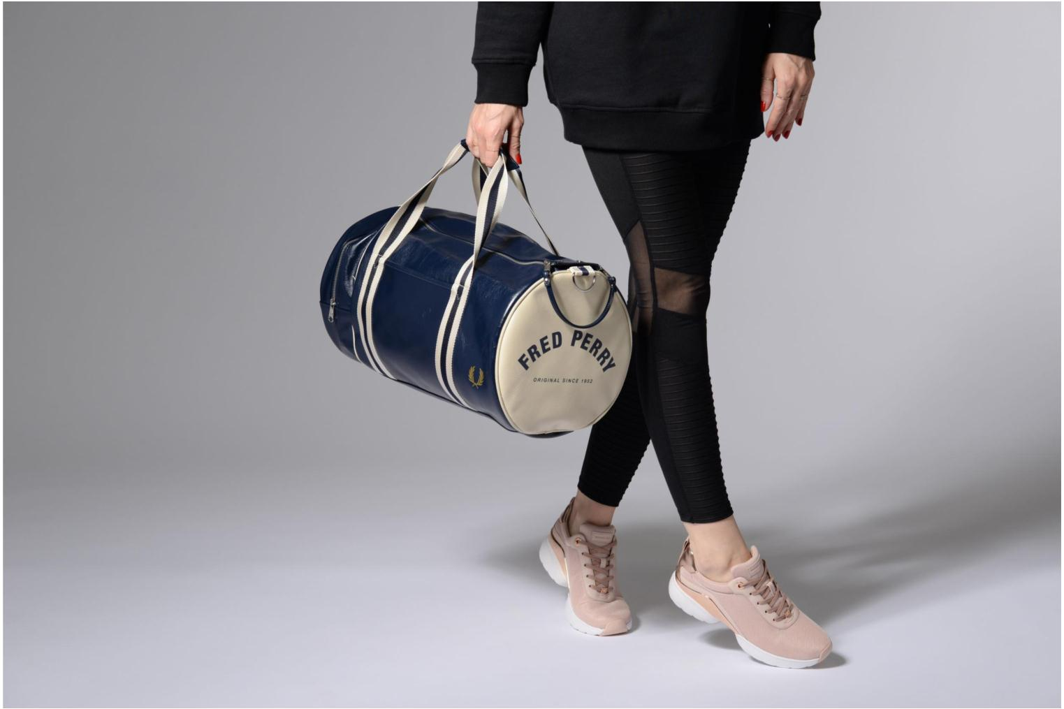 Sporttassen Fred Perry Classic Barrel Bag V Blauw boven