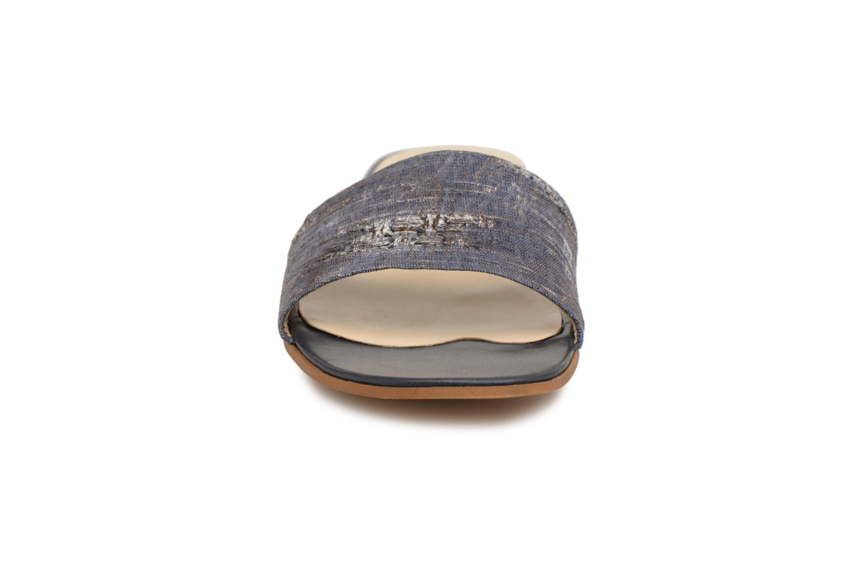 Mules et sabots Elizabeth Stuart Phedre 252 Bleu vue portées chaussures