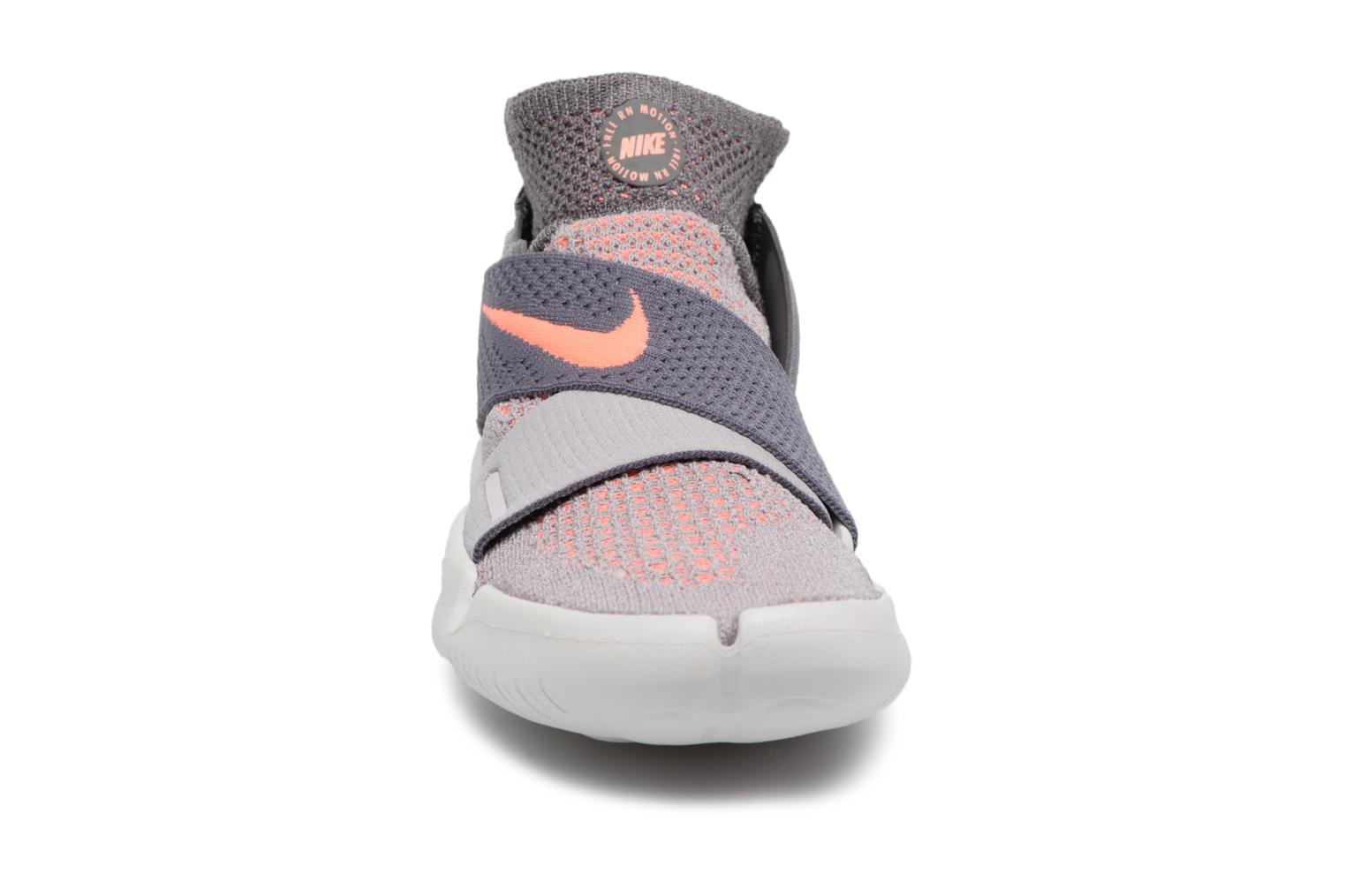 Zapatos promocionales Nike W Nike Free Rn Motion Fk 2018 (Gris