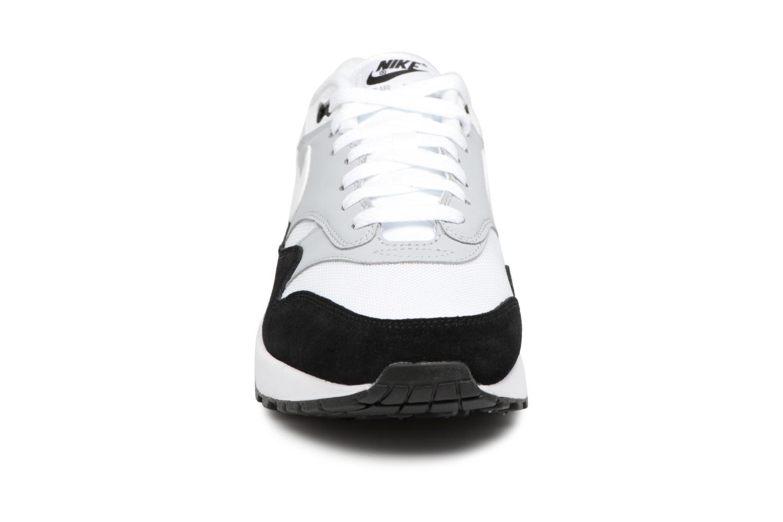 Sneaker Nike Nike Air Max 1 grau schuhe getragen
