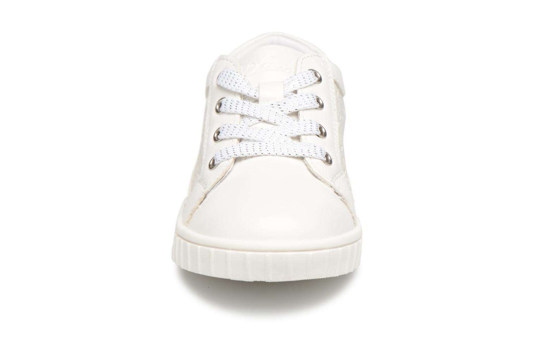 Sneaker Chicco CARTOLINA weiß schuhe getragen