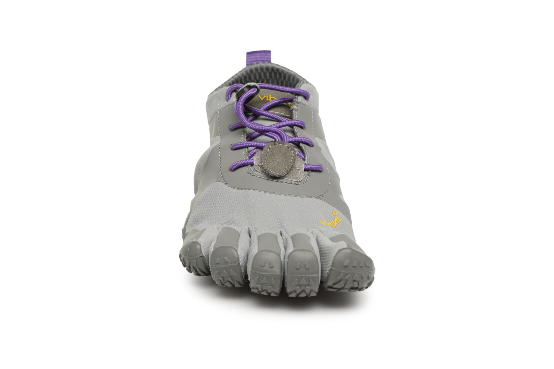Chaussures de sport Vibram FiveFingers V-Alpha Gris vue portées chaussures
